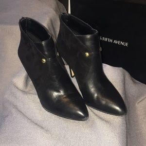Black suede and leather ankle boots size 8